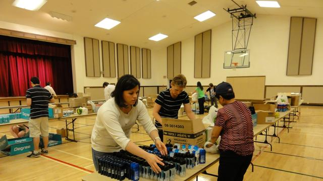 Volunteers Make Hygiene Kits in Edmonton, Alberta