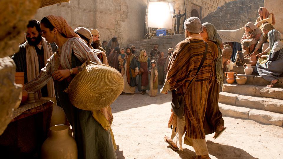Bible Brought To Life On Ancient Jerusalem Set